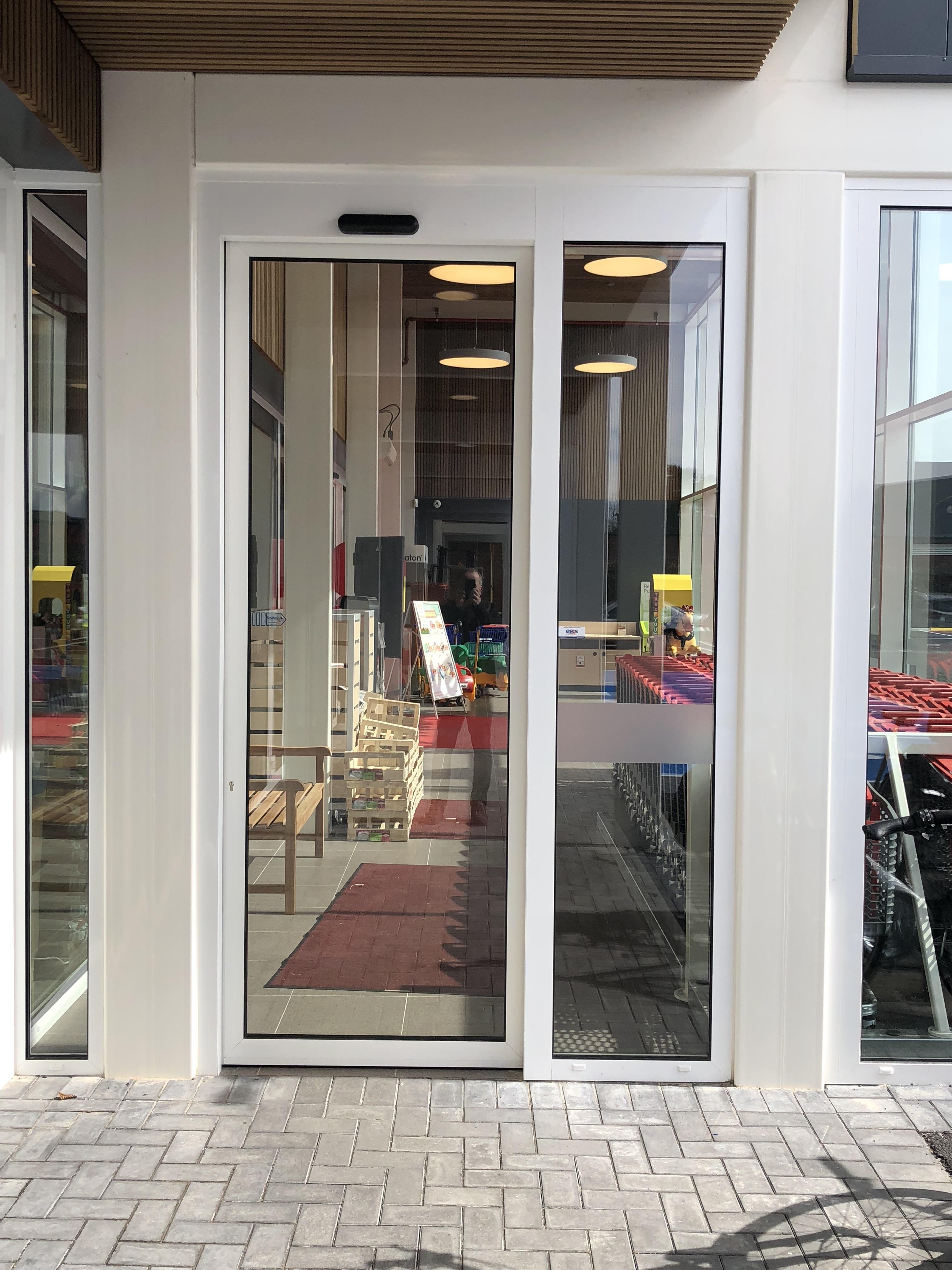 Secumatic secumatic automatische deuren for Top deuren